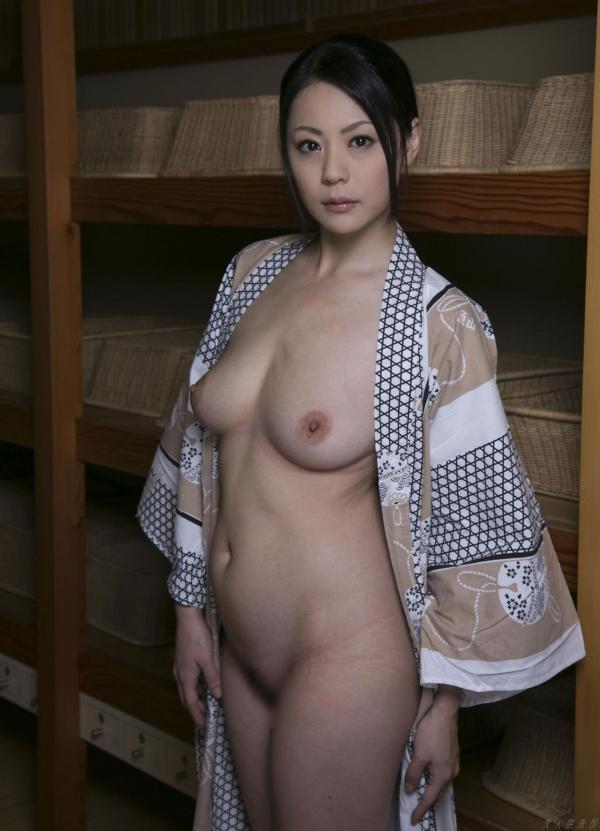 AV女優 愛田奈々 オナニー画像 熟女 人妻 まんこ画像 エロ画像 無修正005a.jpg
