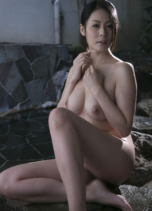 AV女優 愛田奈々 オナニー画像 熟女 人妻 まんこ画像 エロ画像 無修正010a.jpg