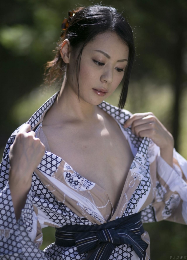 AV女優 愛田奈々 オナニー画像 熟女 人妻 まんこ画像 エロ画像 無修正023a.jpg