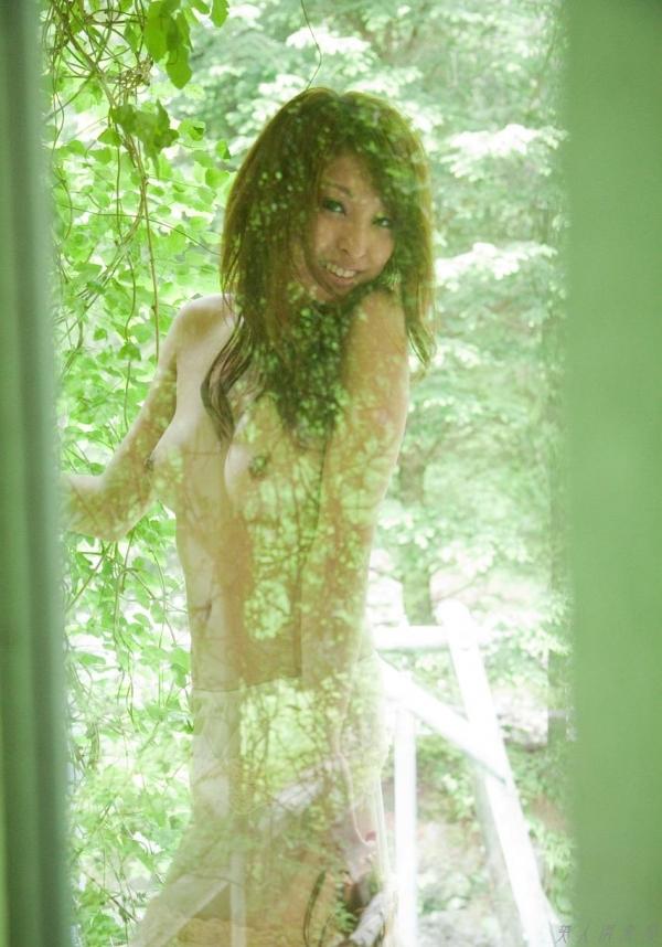 秋山祥子 細身で美脚の絶品ボディヌード画像60枚の031枚目
