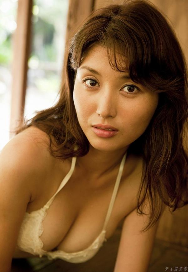 グラビアアイドル 橋本マナミ 水着セクシー画像 ヌード画像 おっぱい お尻 エロ画像041a.jpg
