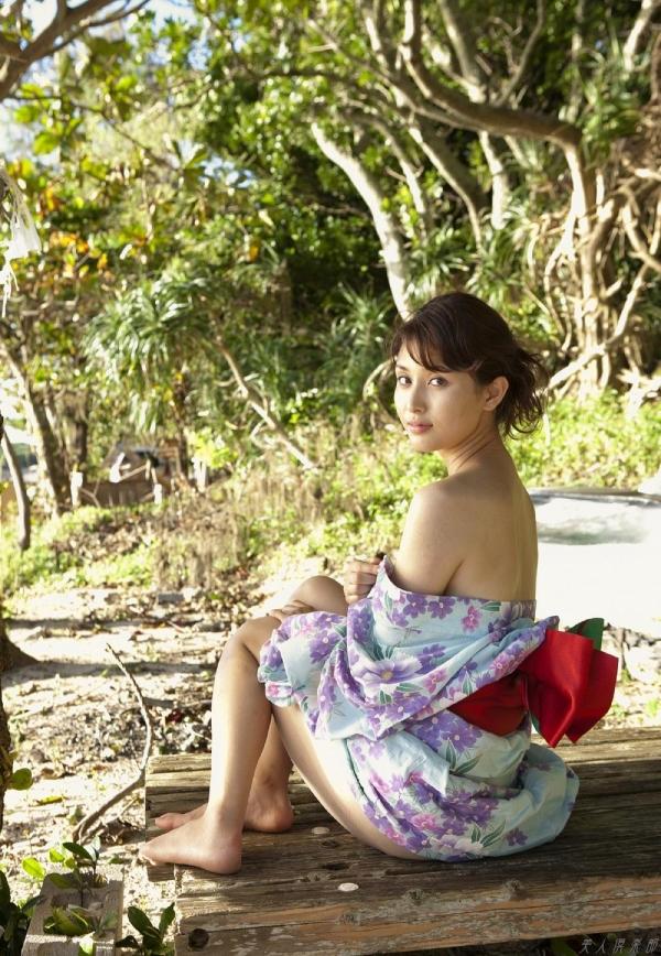 グラビアアイドル 橋本マナミ 水着セクシー画像 ヌード画像 おっぱい お尻 エロ画像051a.jpg