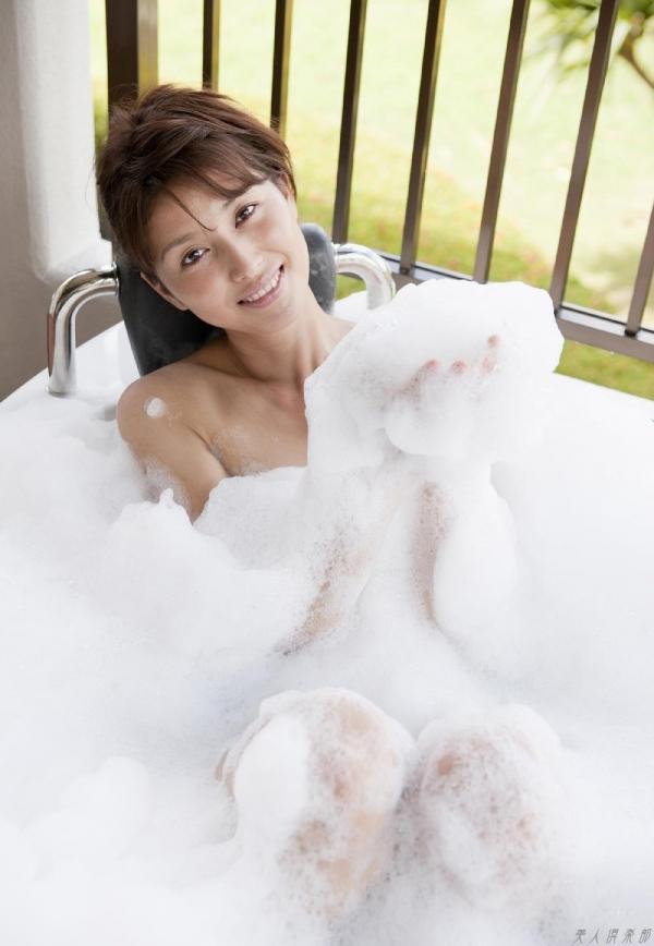 グラビアアイドル 橋本マナミ 水着セクシー画像 ヌード画像 おっぱい お尻 エロ画像075a.jpg