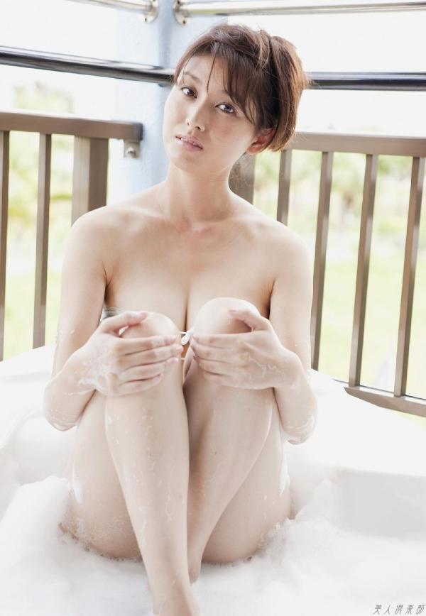 グラビアアイドル 橋本マナミ 水着セクシー画像 ヌード画像 おっぱい お尻 エロ画像077a.jpg