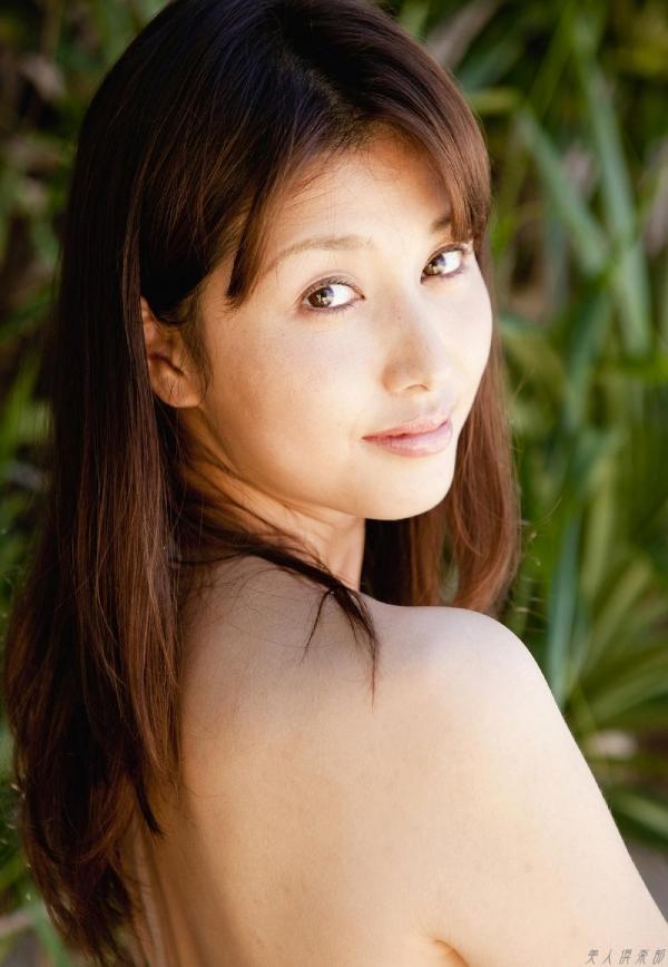 グラビアアイドル 橋本マナミ 水着セクシー画像 ヌード画像 おっぱい お尻 エロ画像081a.jpg