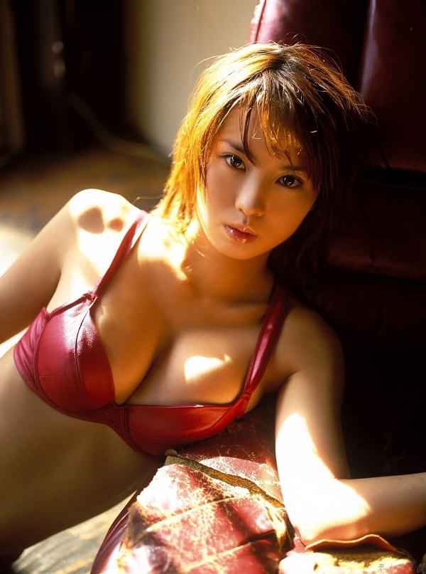 女優 市川由衣 ヌード画像 アイコラa027a.jpg
