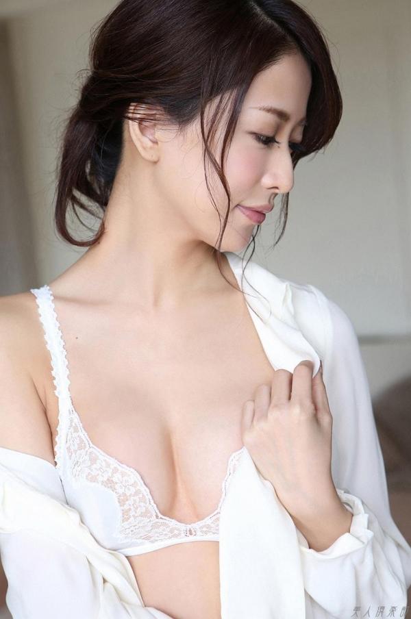 神室舞衣 人妻風のセミヌード画像117枚の036枚目