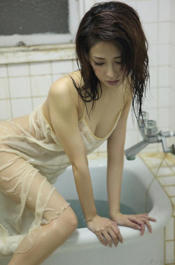 神室舞衣 人妻風のセミヌード画像117枚の094枚目