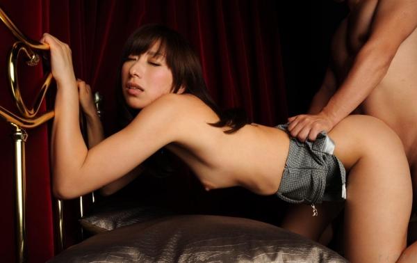 後背位 セックス画像 Tバック画像 パンティ画像 パンチラ画像 エロ画像 クリトリス画像 まんこ画像 無修正073a.jpg