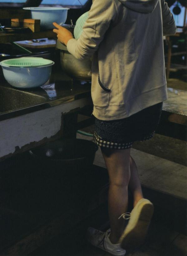 倉科カナ 女優 奥仲麻琴 水着画像 ヌード画像 エロ画像052a.jpg