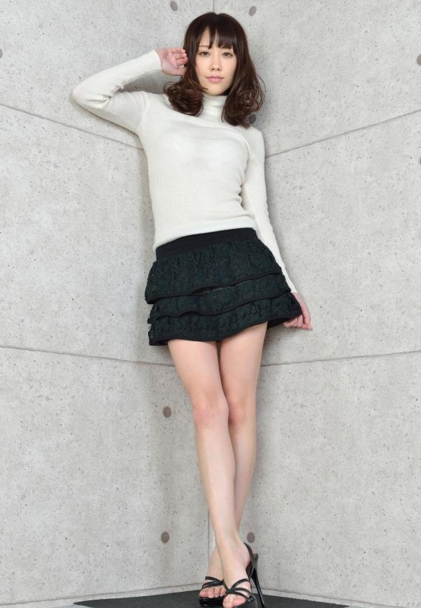 グラビアアイドル 夏目ゆき 過激 パンチラ画像 ヌード画像 美脚 エロ画像002a.jpg