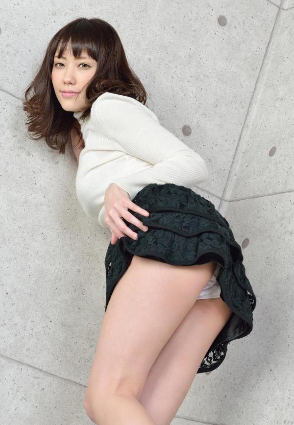 グラビアアイドル 夏目ゆき 過激 パンチラ画像 ヌード画像 美脚 エロ画像013a.jpg