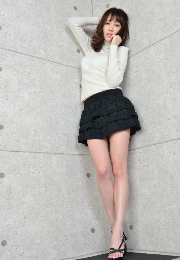 グラビアアイドル 夏目ゆき 過激 パンチラ画像 ヌード画像 美脚 エロ画像017a.jpg