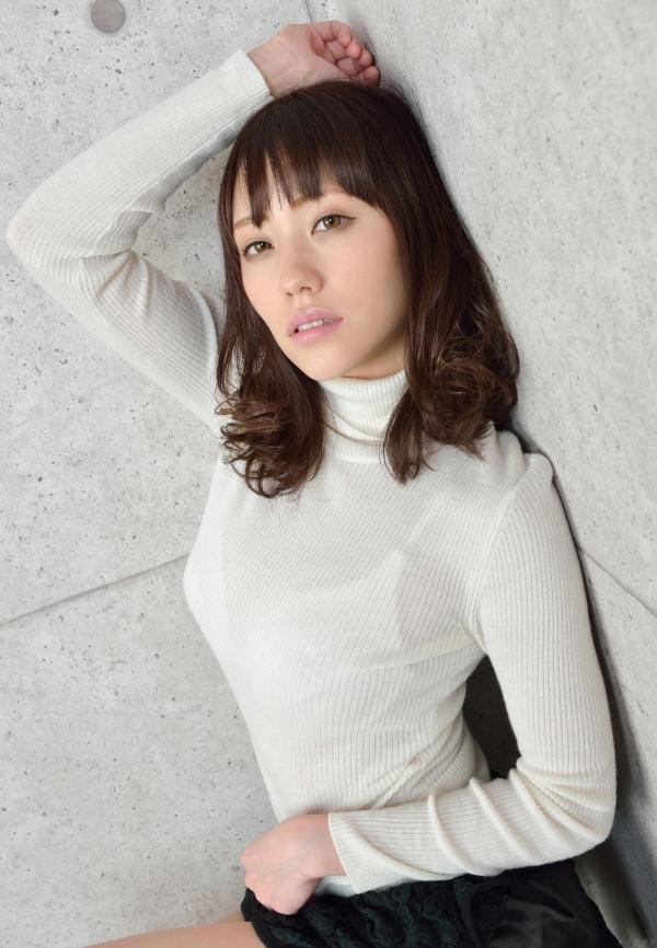 グラビアアイドル 夏目ゆき 過激 パンチラ画像 ヌード画像 美脚 エロ画像033a.jpg