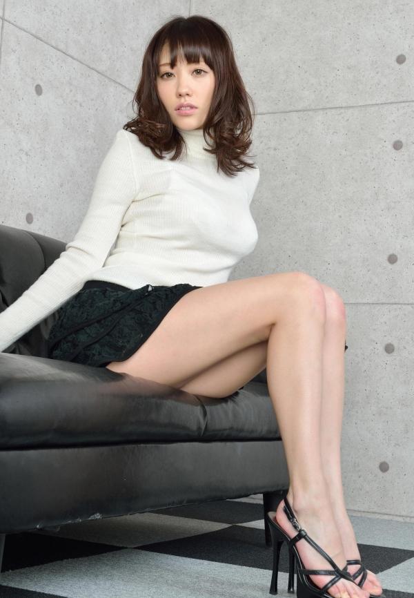グラビアアイドル 夏目ゆき 過激 パンチラ画像 ヌード画像 美脚 エロ画像044a.jpg