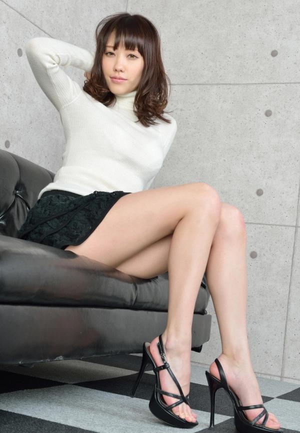 グラビアアイドル 夏目ゆき 過激 パンチラ画像 ヌード画像 美脚 エロ画像046a.jpg