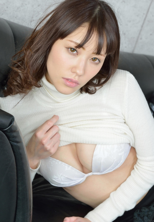 グラビアアイドル 夏目ゆき 過激 パンチラ画像 ヌード画像 美脚 エロ画像067a.jpg