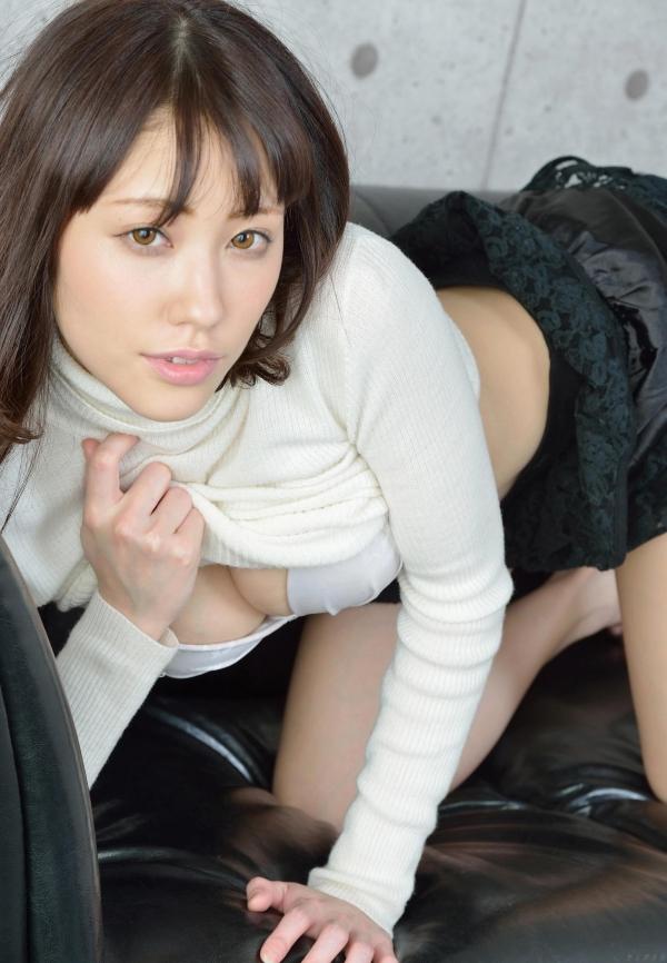 グラビアアイドル 夏目ゆき 過激 パンチラ画像 ヌード画像 美脚 エロ画像068a.jpg