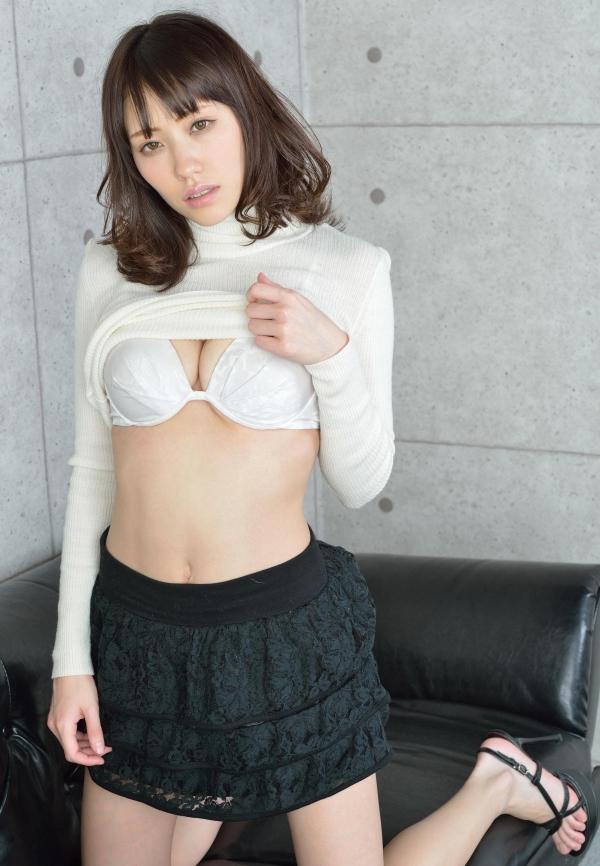 グラビアアイドル 夏目ゆき 過激 パンチラ画像 ヌード画像 美脚 エロ画像073a.jpg