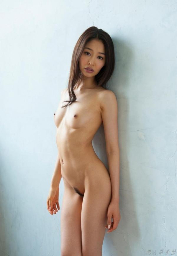 夏目彩春(なつめいろは)美脚美女の画像140枚のaa015番