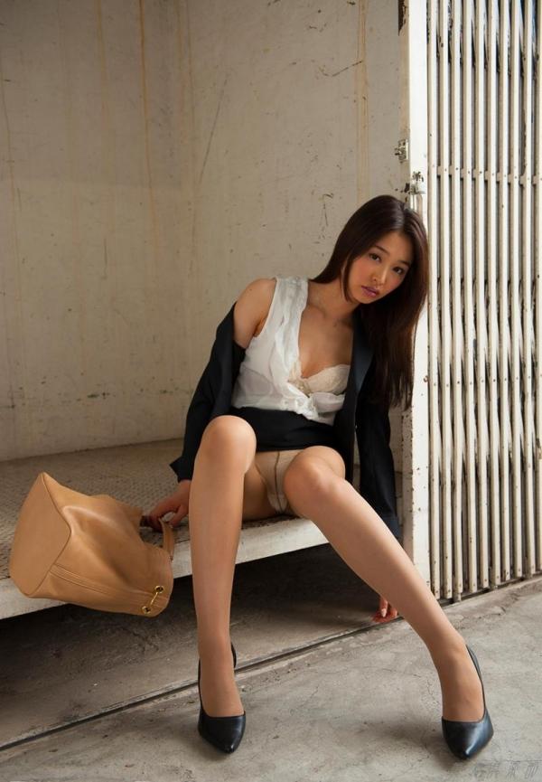 AV女優 夏目彩春 なつめいろは 美尻 美脚 フェラ画像 クンニ画像 エロ画像 無修正aa025a.jpg