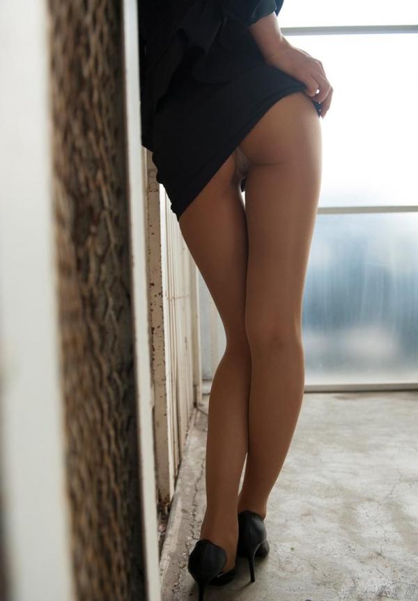 AV女優 夏目彩春 なつめいろは 美尻 美脚 フェラ画像 クンニ画像 エロ画像 無修正aa066a.jpg