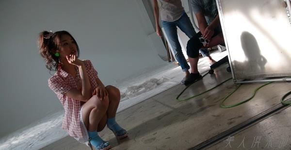 AV女優 夏目彩春 なつめいろは 美尻 美脚 フェラ画像 クンニ画像 エロ画像 無修正bb020a.jpg