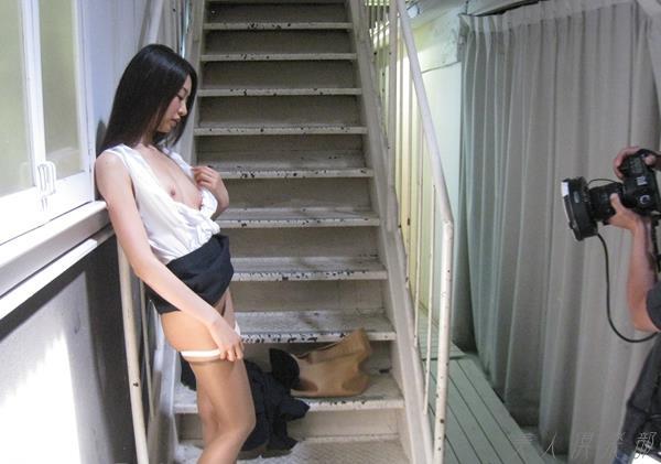 夏目彩春(なつめいろは)美脚美女の画像140枚のbb024番