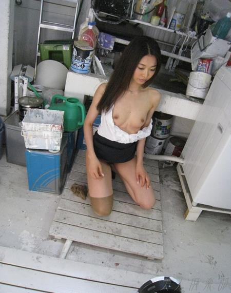 AV女優 夏目彩春 なつめいろは 美尻 美脚 フェラ画像 クンニ画像 エロ画像 無修正bb029a.jpg