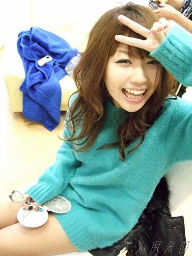 グラビアアイドル 西田麻衣 ヌード画像 水着画像 アイコラ エロ画像a026a.jpg