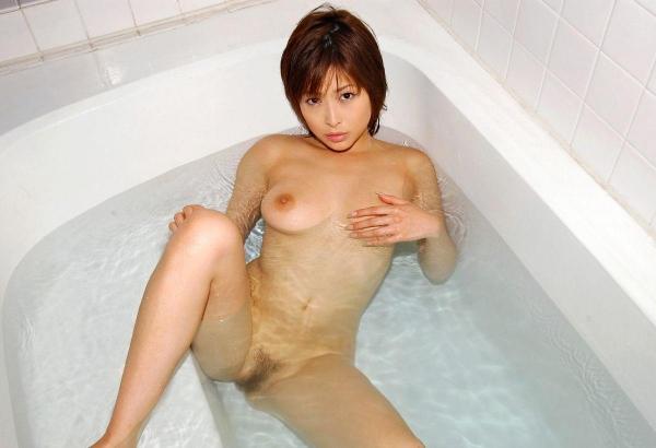 おっぱい画像 巨乳画像 美乳画像 乳首画像 ちっぱい画像 エロ画像085a.jpg