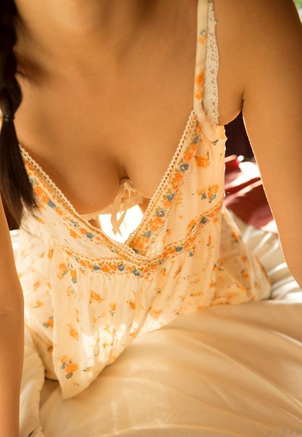 紗藤まゆ (さとうまゆ) 勃起乳首の美少女ヌード画像125枚のb003番