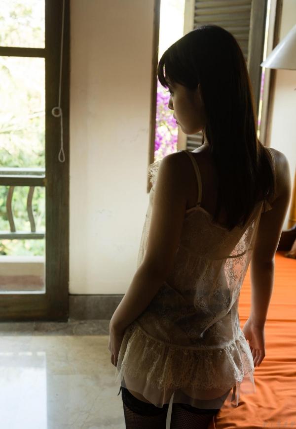 紗藤まゆ (さとうまゆ) 勃起乳首の美少女ヌード画像125枚のe015番