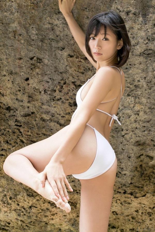 グラビアアイドル 階戸瑠李 しなとるり 過激 水着画像 ヌード画像 エロ画像036a.jpg