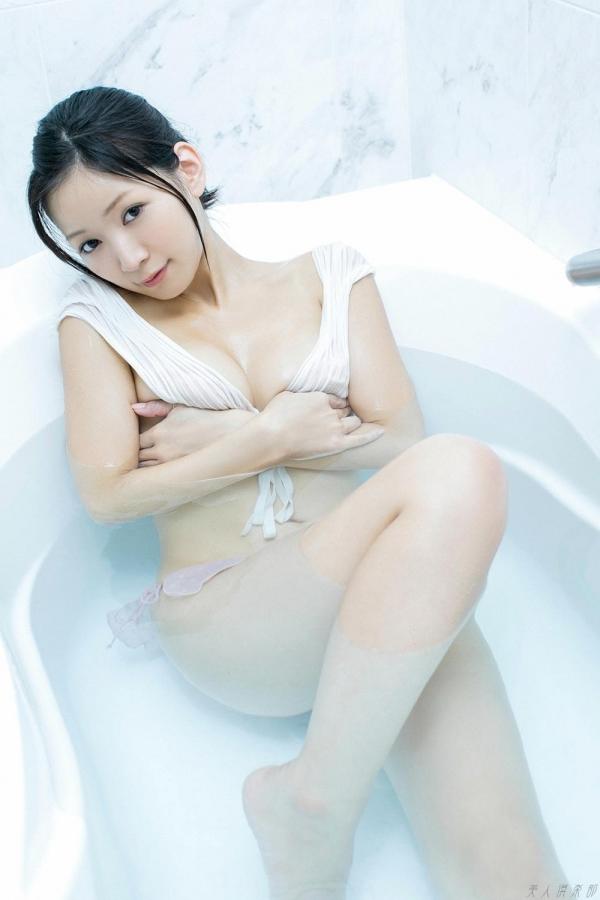 グラビアアイドル 階戸瑠李 しなとるり 過激 水着画像 ヌード画像 エロ画像074a.jpg