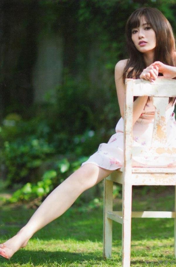 白石麻衣 セクシー水着 セミヌード 白石麻衣ヌード 乳首 乃木坂46 アイコラ 画像021a.jpg