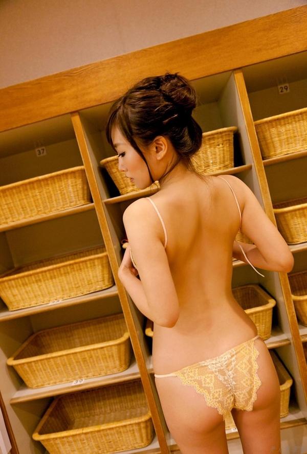 グラビアアイドル 山中絢子 水着画像 ヌード画像 エロ画像071a.jpg