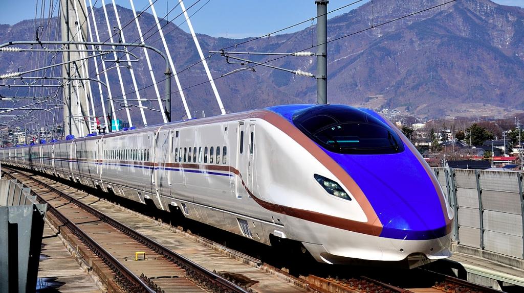 北陸新幹線 W7系-1024x574