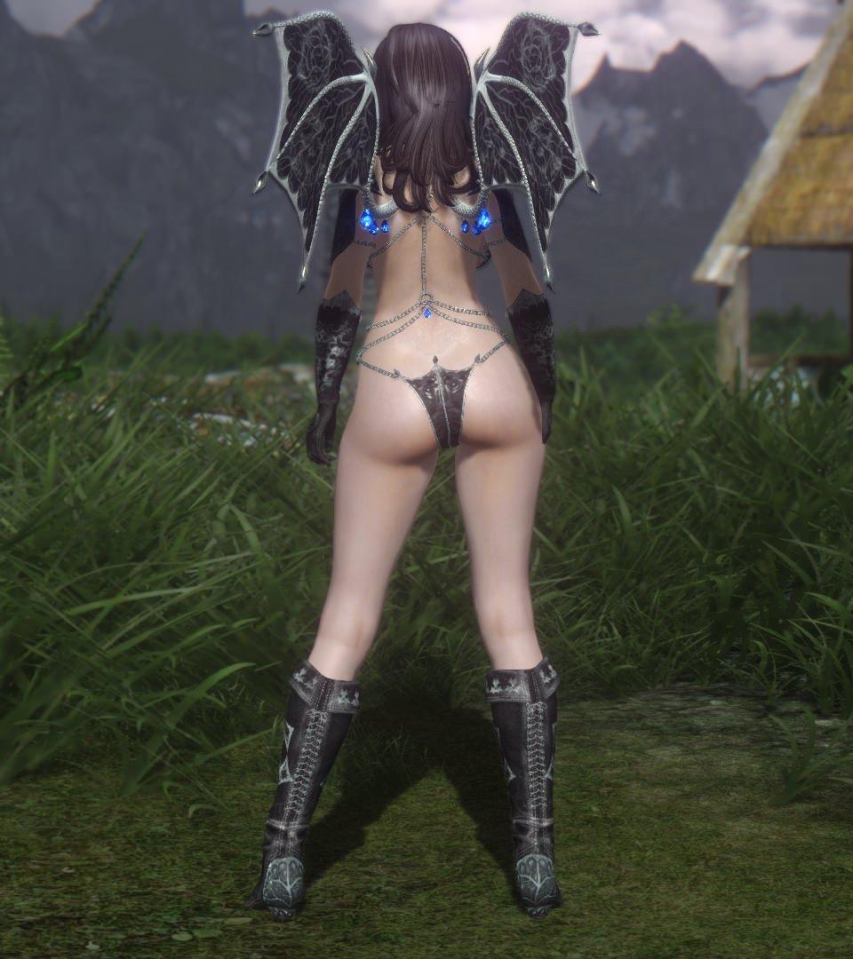 Vampire_Vanilla_Armor_Replacer_3.jpg