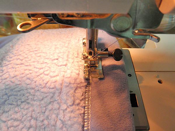 20150220毛布のミシンがけ