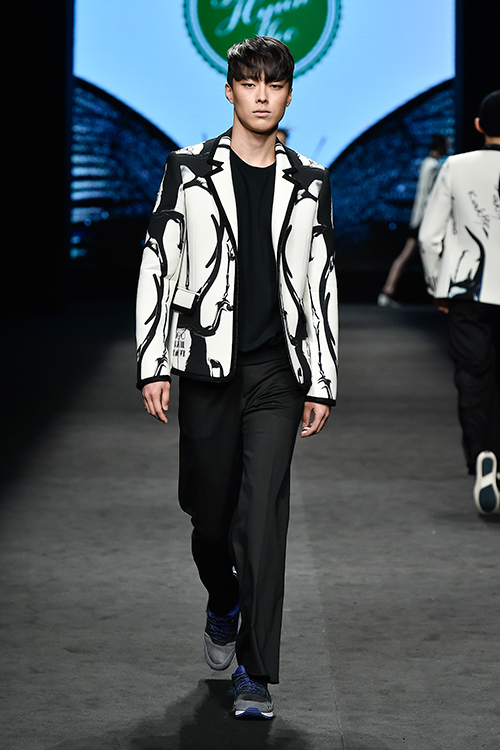 2015fwKWAKHYUNJOOCOLLECTION.jpg