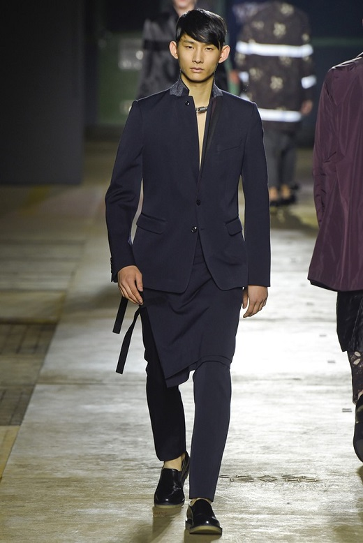 DRIES-VAN-NOTEN2015FWPARIS.jpg