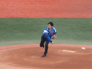 吉田市長との始球式対決!