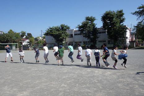 長縄跳びの練習