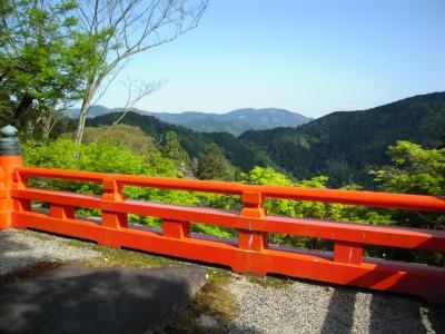 鞍馬山神社の景色