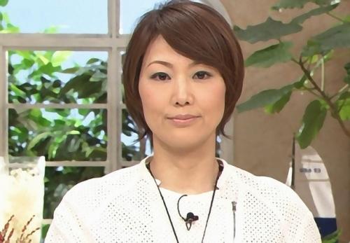 結婚を発表した下平さやかアナと長野久義選手の画像