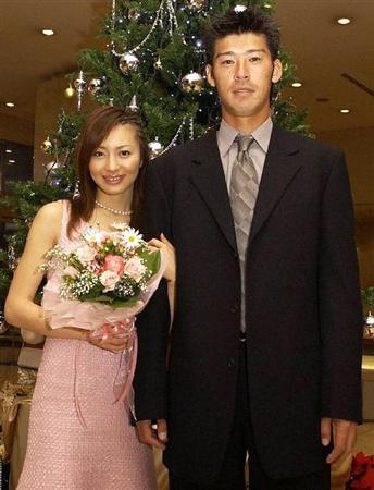 離婚した新山千春の画像
