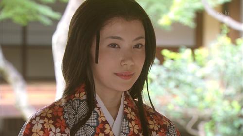 姫役の美村里江