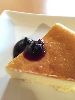 喫茶 クローク 手作りベイクドチーズケーキ