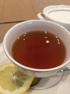 レストラン ロアジス 紅茶